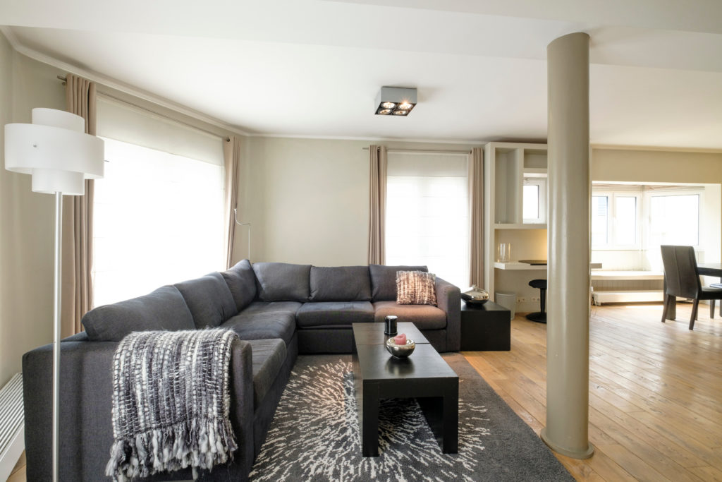 The Symphonist - Living room